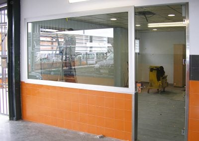 gadelval-fabricante-ventanas-en-aluminio-y-pvc-cerramientos-interiores-al22