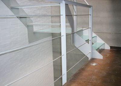 gadelval-fabricante-ventanas-en-aluminio-y-pvc-escaleras01