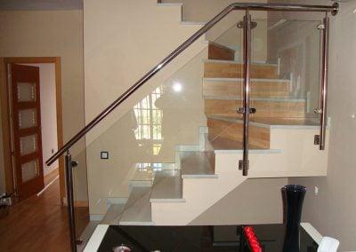 gadelval-fabricante-ventanas-en-aluminio-y-pvc-escaleras12