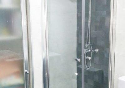 gadelval-fabricante-ventanas-en-aluminio-y-pvc-mamparas-al12