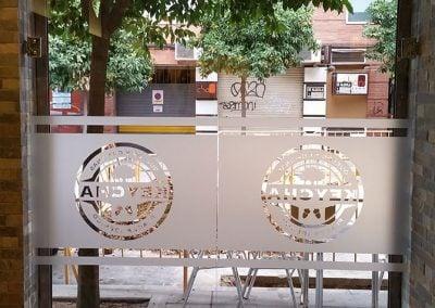 gadelval-fabricante-ventanas-en-aluminio-y-pvc-puertascristal08