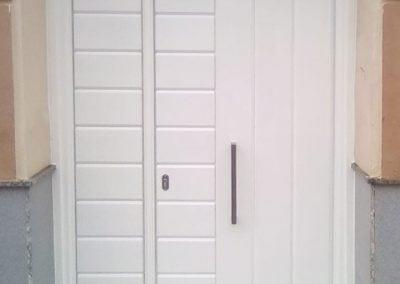gadelval-fabricante-ventanas-en-aluminio-y-pvc-puertasentrada05