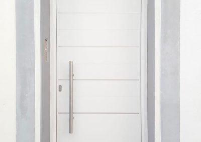 gadelval-fabricante-ventanas-en-aluminio-y-pvc-puertasentrada06